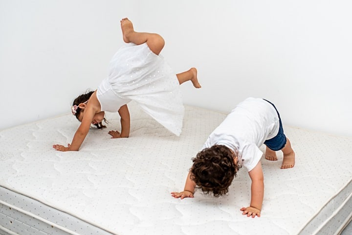 What kind of mattress should a side sleeper need to pick?